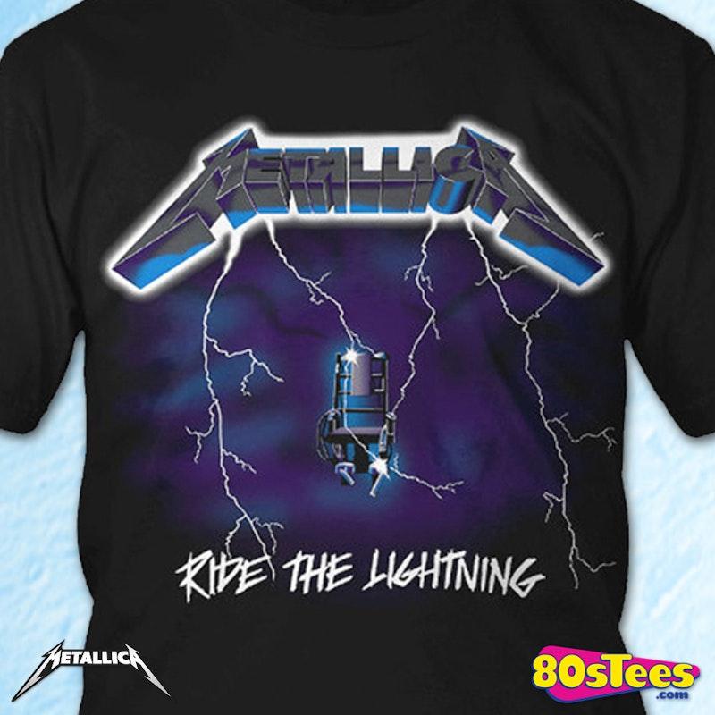 Metallica Ride the Lightning T-Shirt: Metallica Mens T-shirt